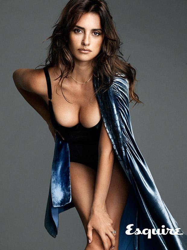 Sophia knight playboy nude girl